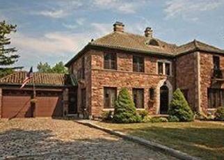 Foreclosed Home en MERRYMONT RD, Buffalo, NY - 14225
