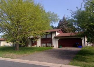 Foreclosed Home en MILLWOOD AVE, Saint Paul, MN - 55113