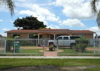 Foreclosed Home en SW 203RD TER, Miami, FL - 33177