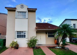 Foreclosed Home en SE 13TH TER, Homestead, FL - 33035
