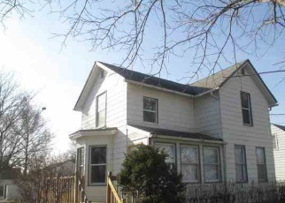 Foreclosure Home in Waterloo, IA, 50703,  COTTAGE GROVE AVE ID: P1074823