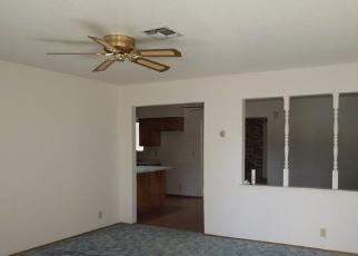 Foreclosed Home en HEDGE AVE, Olivehurst, CA - 95961