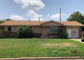 Foreclosed Home in SW 45TH ST, Lawton, OK - 73505