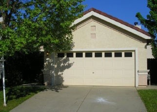 Foreclosed Home en OVERTON WAY, Sacramento, CA - 95829