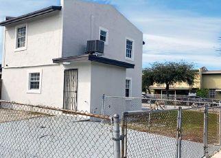 Foreclosed Home en NW 194TH ST, Opa Locka, FL - 33055