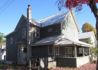 Foreclosed Home en KING ST, Warrensburg, NY - 12885