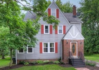 Casa en ejecución hipotecaria in Solon, OH, 44139,  AURORA RD ID: P1078926