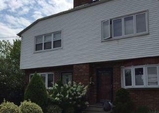 Casa en ejecución hipotecaria in Bronx, NY, 10465,  AMPERE AVE ID: P1079184