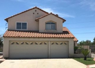 Foreclosed Home en LOS CABOS DR, Moreno Valley, CA - 92551
