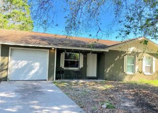 Foreclosed Home en WHITEDOVE DR, Lakeland, FL - 33812