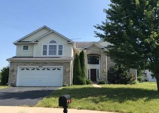 Foreclosed Home in SPRUCE CREEK CT, Plainfield, IL - 60586