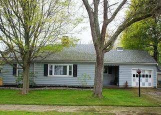 Foreclosed Home en W MAIN ST, Gowanda, NY - 14070