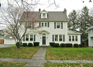 Foreclosed Home en SENECA PKWY, Rochester, NY - 14613