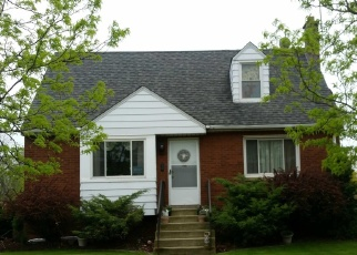 Foreclosed Home en HENRY ST, Lansing, IL - 60438