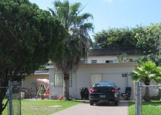 Foreclosed Home en NE 6TH ST, Hallandale, FL - 33009