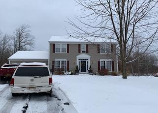 Foreclosed Home en SCHOOLMASTER CIR, Fairport, NY - 14450