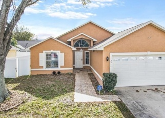 Foreclosed Home en OAK RUN BLVD, Kissimmee, FL - 34744
