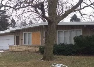 Foreclosed Home en E 170TH ST, South Holland, IL - 60473