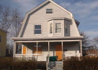 Foreclosed Home in MAGNOLIA AVE, Lynn, MA - 01904