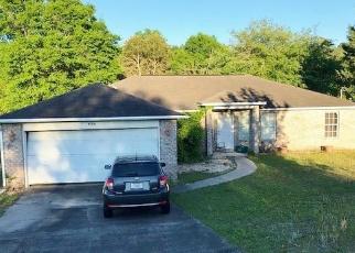 Foreclosed Home en HATCHEE DR, Crestview, FL - 32536