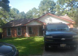Foreclosed Home in WINDRIFT ST, Slidell, LA - 70461