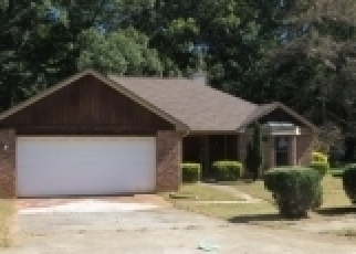 Foreclosed Home en TO LANI DR, Stone Mountain, GA - 30083