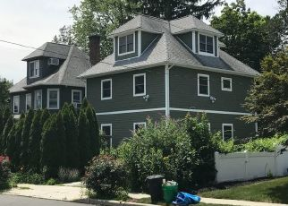Foreclosed Home en 1ST ST, Suffern, NY - 10901