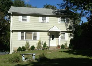Foreclosed Home en BENT RD, Windsor, CT - 06095