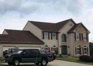 Foreclosed Home in DANIELS DR, Germantown, WI - 53022