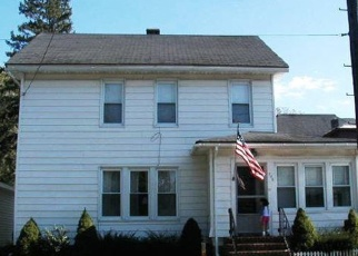 Foreclosed Home en ELM ST, Carthage, NY - 13619