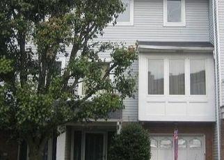 Casa en ejecución hipotecaria in Staten Island, NY, 10309,  COMMODORE DR ID: P1089558
