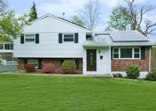 Foreclosed Home en ROSE RD, West Nyack, NY - 10994