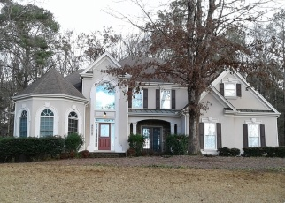 Foreclosed Home en PITLOCHRY ST SW, Conyers, GA - 30094