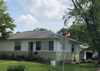 Foreclosed Home en MARGARET LN, Saint Louis, MO - 63132