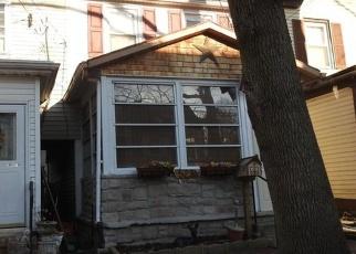 Casa en ejecución hipotecaria in Bristol, PA, 19007,  LOCUST ST ID: P1092714