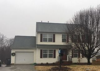 Foreclosed Home in SILVER GLEN LN, Charlotte, NC - 28262