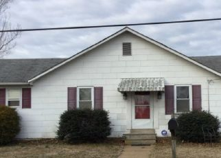 Foreclosed Home in WILDEL AVE, New Castle, DE - 19720