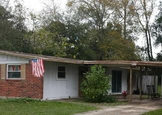 Foreclosed Home en EASTILL DR, Jacksonville, FL - 32211