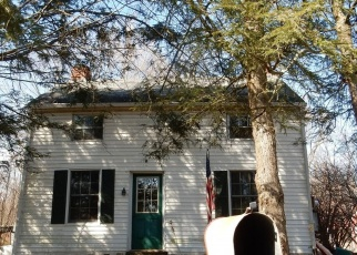 Foreclosed Home en APPLE RD, Quakertown, PA - 18951