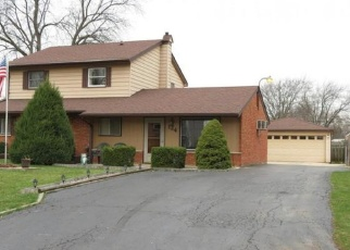 Foreclosed Home in EDGEHILL DR, Bolingbrook, IL - 60440