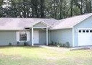 Foreclosed Home en SE FOREST TER, Lake City, FL - 32025