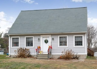 Foreclosed Home en SOUTH RD, Enfield, CT - 06082
