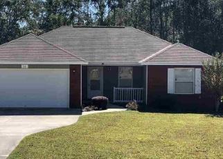 Foreclosed Home en HILLTOP DR, Midway, FL - 32343