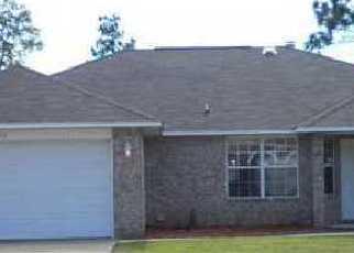 Foreclosed Home en ASHTON WOODS CIR, Milton, FL - 32570
