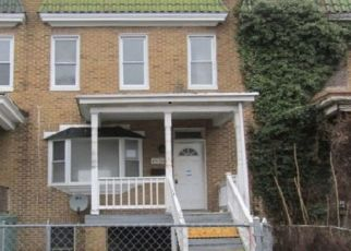 Foreclosed Home en EDGEMERE AVE, Baltimore, MD - 21215