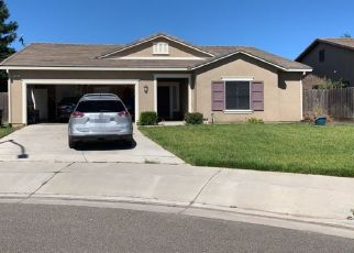 Foreclosed Home en SAVAGE AVE, Riverbank, CA - 95367