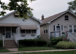 Foreclosed Home en CIRCLE AVE, Forest Park, IL - 60130