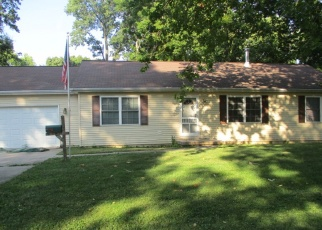 Foreclosed Home in NORTH ST, Henry, IL - 61537
