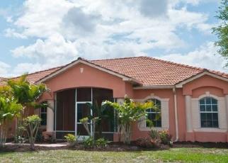 Foreclosed Home en 72ND AVE NE, Naples, FL - 34120