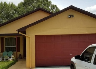Foreclosed Home en CANTERBURY CT, Kissimmee, FL - 34758